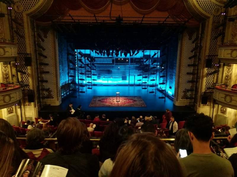 Vista sentada para Cort Theatre Secção Mezzanine C Fila D Lugar 106