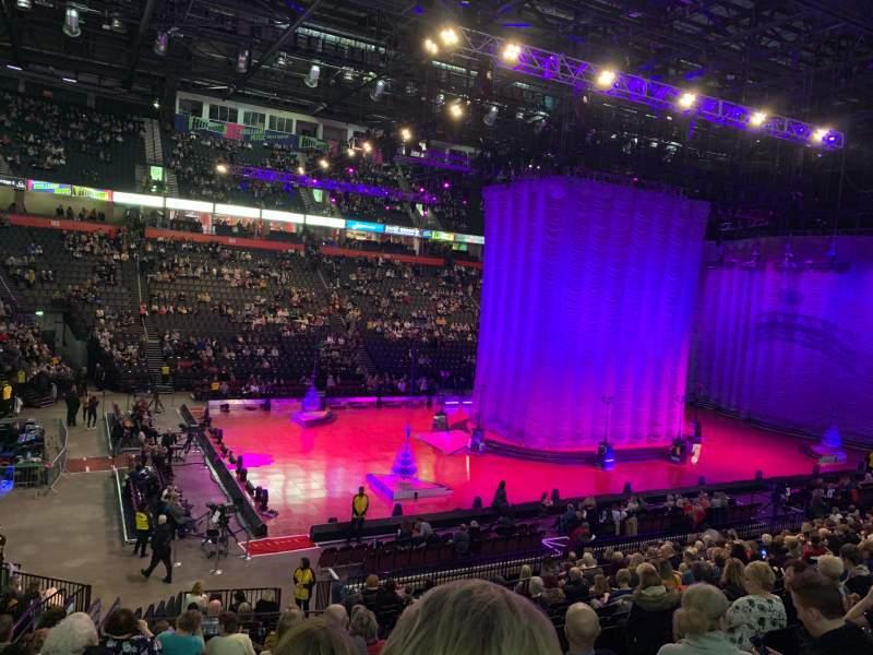 Vista sentada para Manchester Arena Secção 112 Fila T Lugar 12