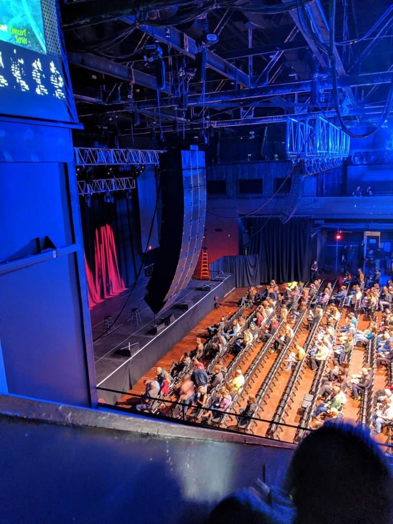 Vista sentada para Revention Music Center Secção 208 Fila D Lugar 16