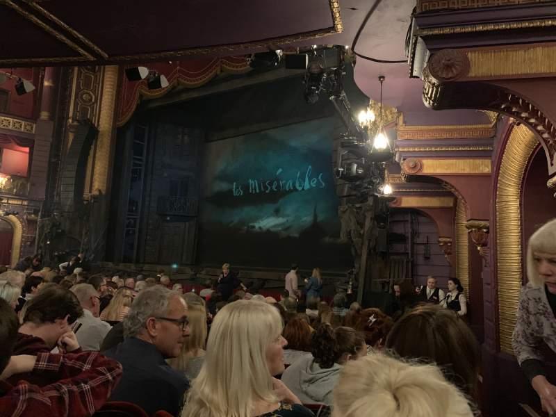 Vista sentada para Palace Theatre (Manchester) Secção Stalls Fila K Lugar 2