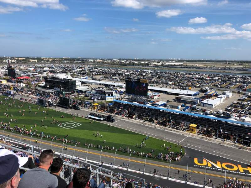Vista sentada para Daytona International Speedway Secção 438 Fila 33 Lugar 10