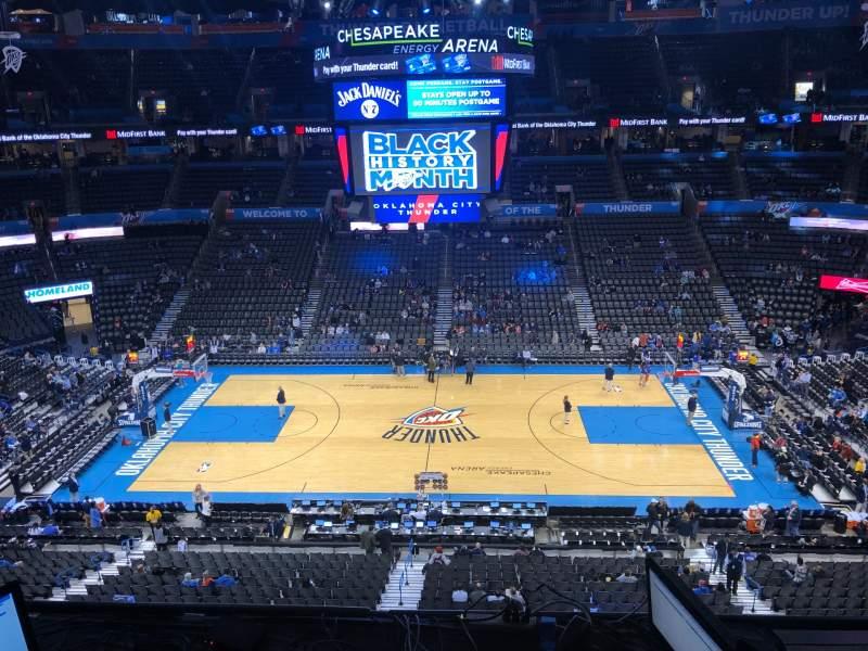 Vista sentada para Chesapeake Energy Arena Secção 323 Fila C Lugar 6