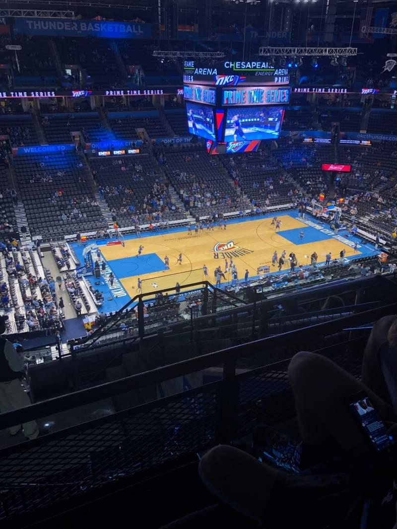 Vista sentada para Chesapeake Energy Arena Secção 326 Fila J Lugar 4