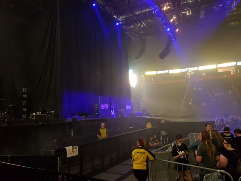 Vista sentada para Manchester Arena Secção 102 Fila C Lugar 12