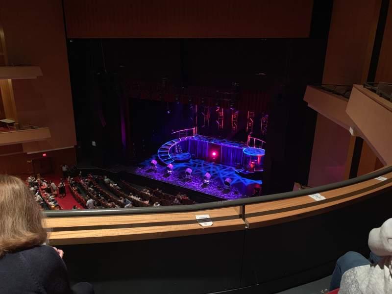 Vista sentada para Durham Performing Arts Center Secção Balcony 10 Fila B Lugar 213