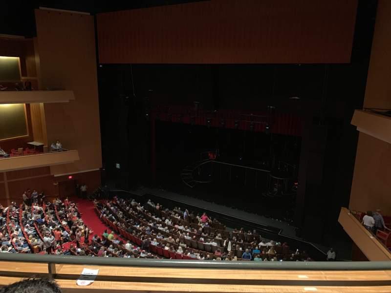 Vista sentada para Durham Performing Arts Center Secção Balcony 10 Fila B Lugar 209