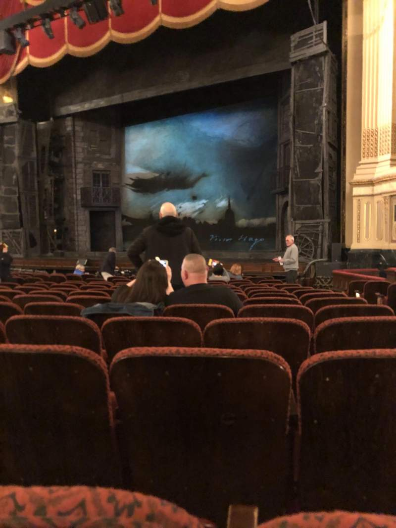 Vista sentada para Citizens Bank Opera House Secção Orchestra Right Center Fila K Lugar 26