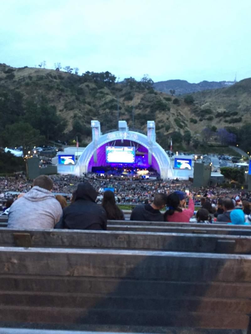 Vista sentada para Hollywood Bowl Secção R2 Fila 11 Lugar 26