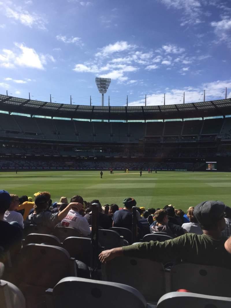 Vista sentada para Melbourne Cricket Ground Secção 13 Fila 12 Lugar 3