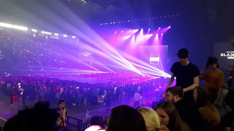 Vista sentada para Manchester Arena Secção 113 Fila H Lugar 22
