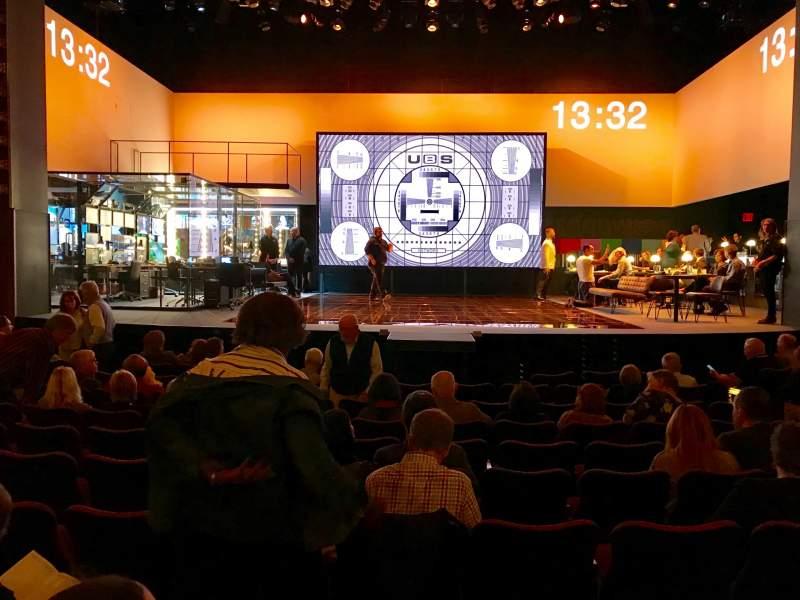 Vista sentada para Belasco Theatre Secção Orchestra C Fila L Lugar 107