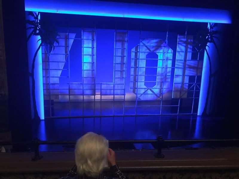 Vista sentada para Nederlander Theatre Secção Mezzanine C Fila C Lugar 115