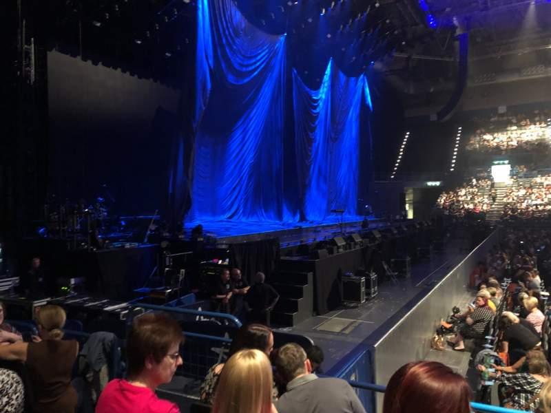 Vista sentada para Arena Birmingham Secção Block 12 Fila H Lugar 518