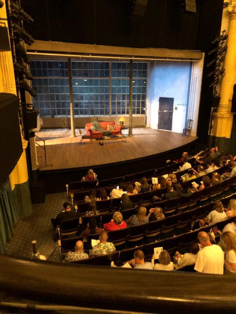 Vista sentada para Hudson Theatre Secção Dress circle l Fila A Lugar 13