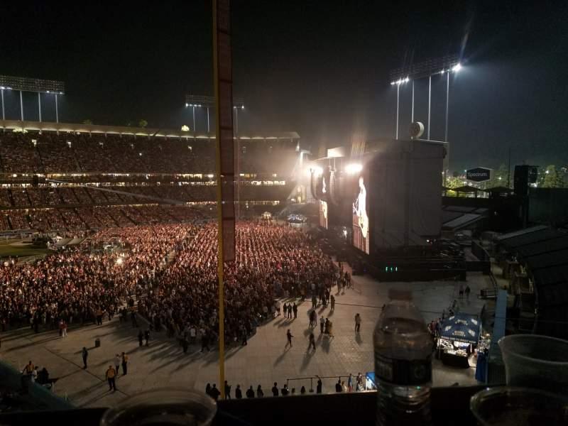Vista sentada para Dodger Stadium Secção Stadium Club