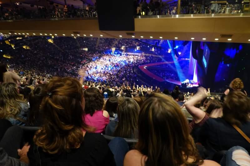 Vista sentada para Madison Square Garden Secção 213 Fila 22 Lugar 19-20