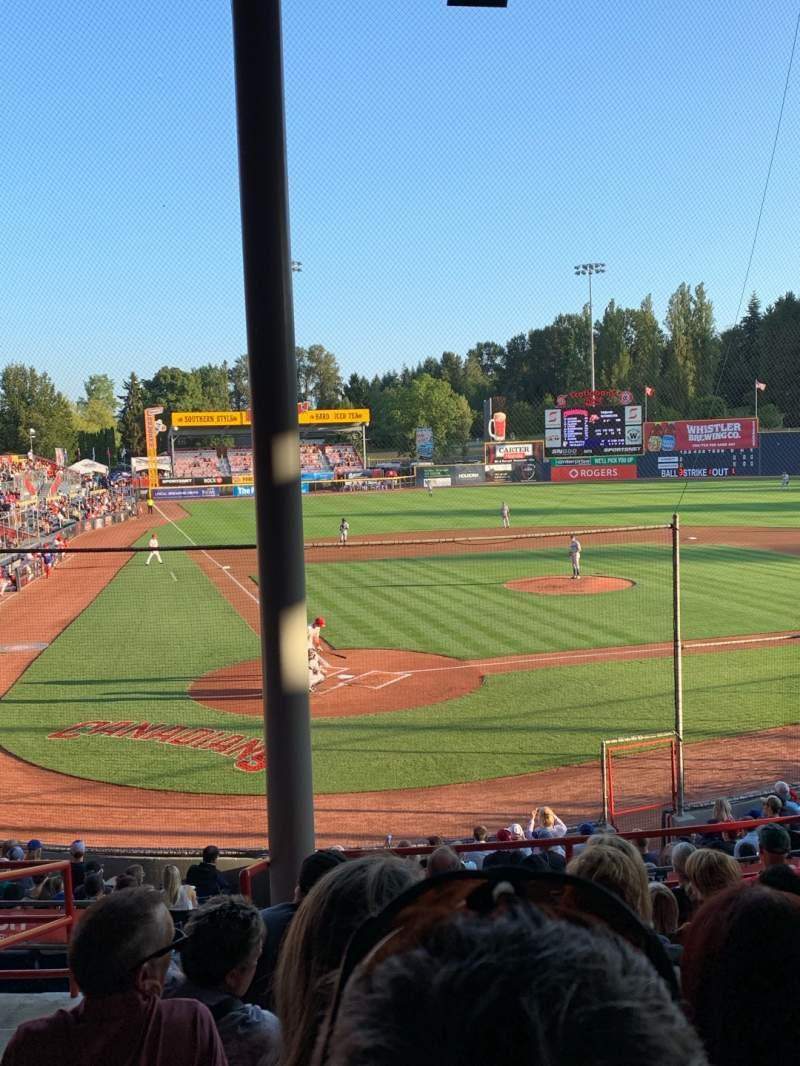 Vista sentada para Nat Bailey Stadium Secção 3 Fila 9 Lugar 22