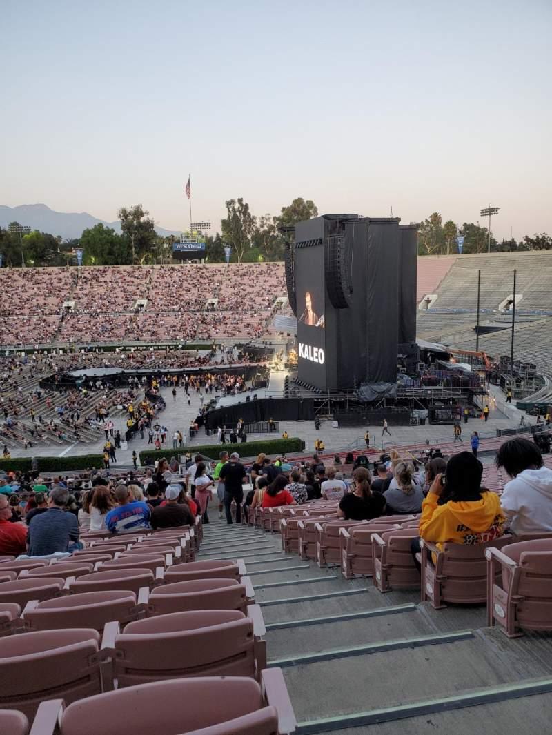 Vista sentada para Rose Bowl Secção 20-L Fila 63 Lugar 1
