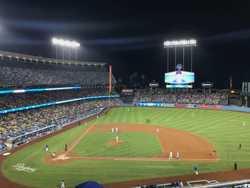 Vista sentada para Dodger Stadium Secção 16RS Fila C Lugar 3