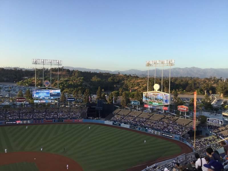 Vista sentada para Dodger Stadium Secção 10TD Fila J Lugar 16