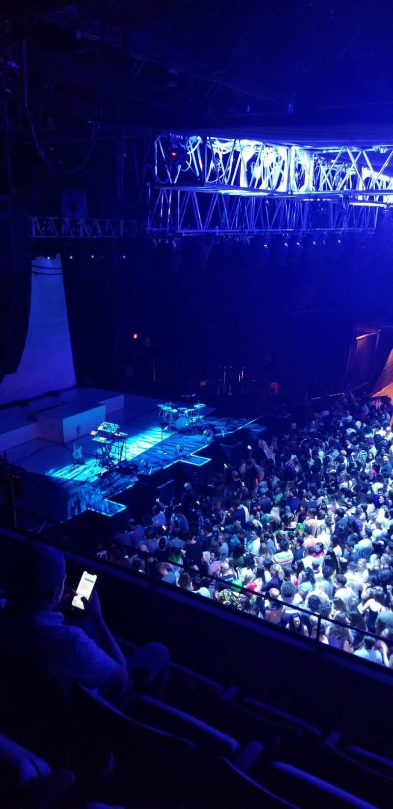 Vista sentada para Revention Music Center Secção 208 Fila D Lugar 8