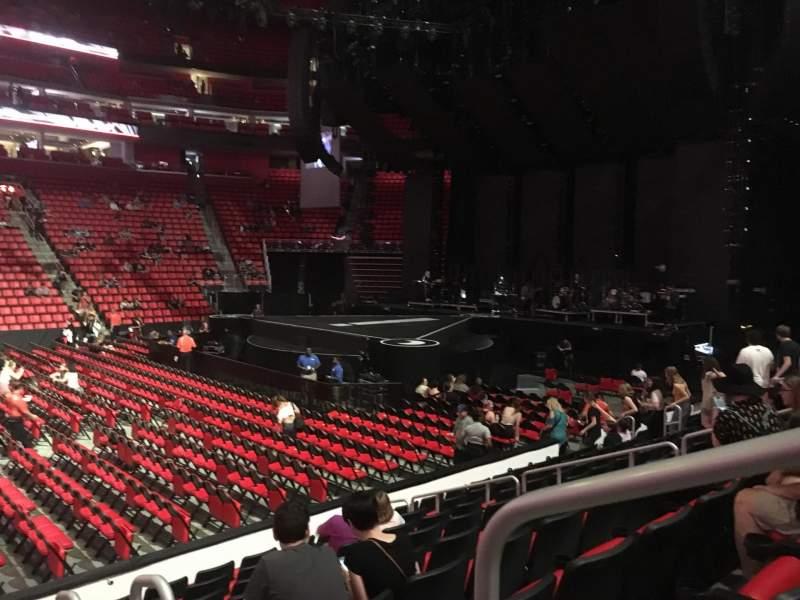 Vista sentada para Little Caesars Arena Secção 109 Fila 9 Lugar 1
