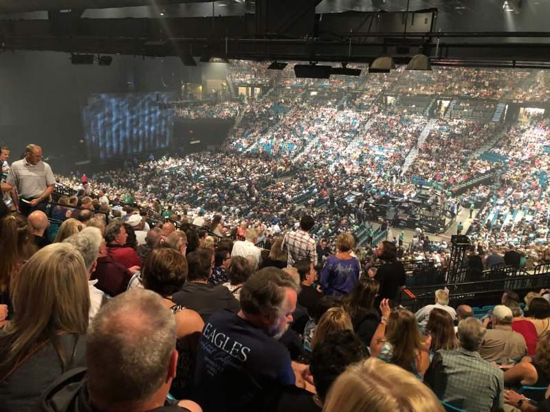 Vista sentada para MGM Grand Garden Arena Secção 209 Fila L Lugar 3