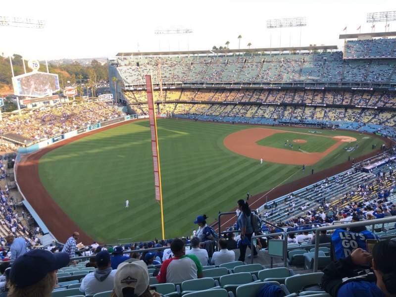 Vista sentada para Dodger Stadium Secção 53RS Fila HH Lugar 4