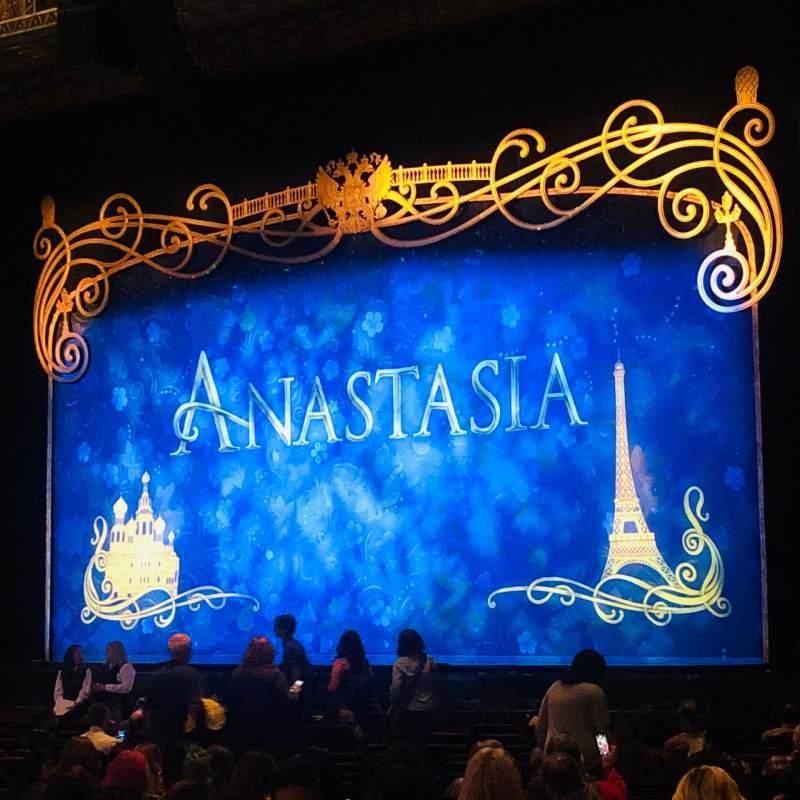 Vista sentada para Hollywood Pantages Theatre Secção Orchestra R Fila W Lugar 2