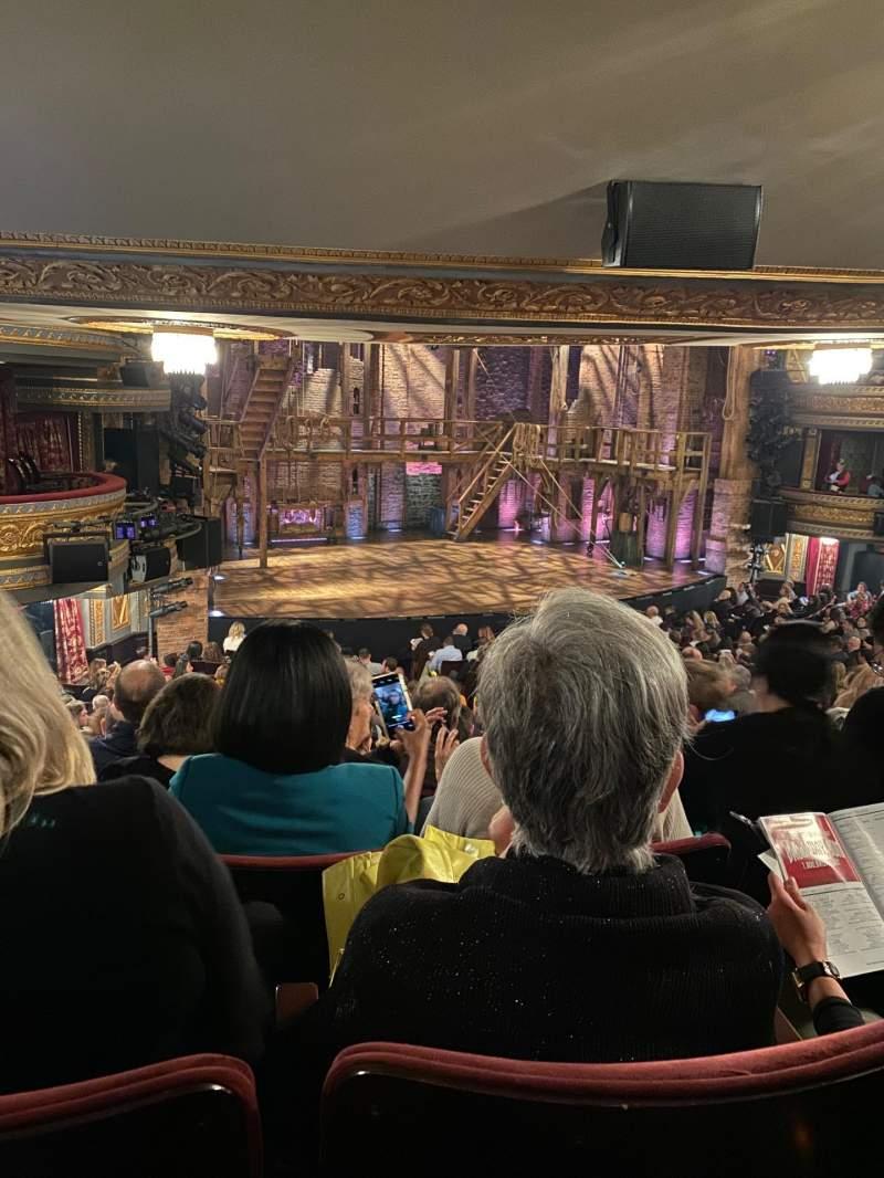 Vista sentada para Richard Rodgers Theatre Secção Orchestra L Fila T Lugar 25