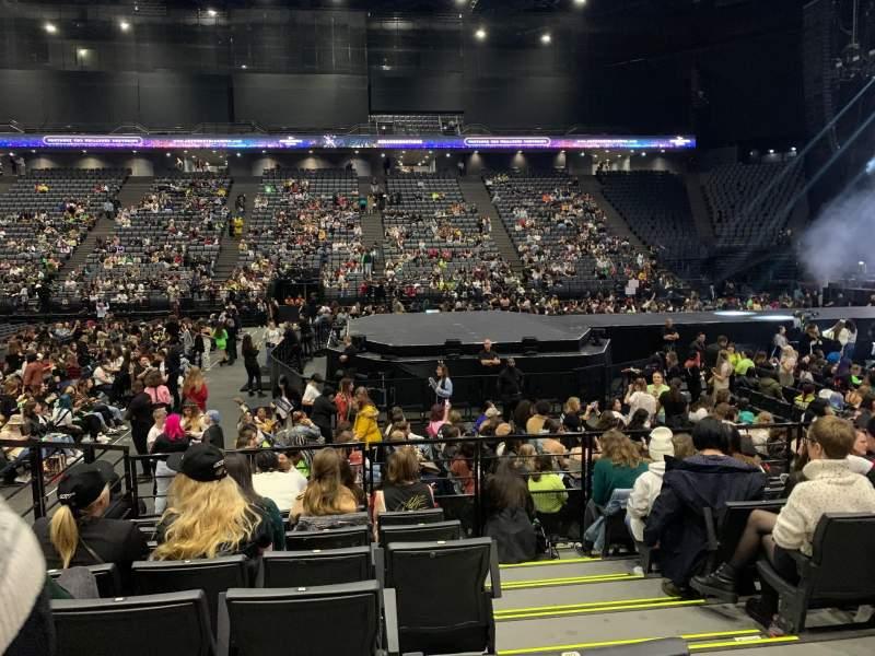 Vista sentada para AccorHotels Arena Secção F Fila 21 Lugar 7