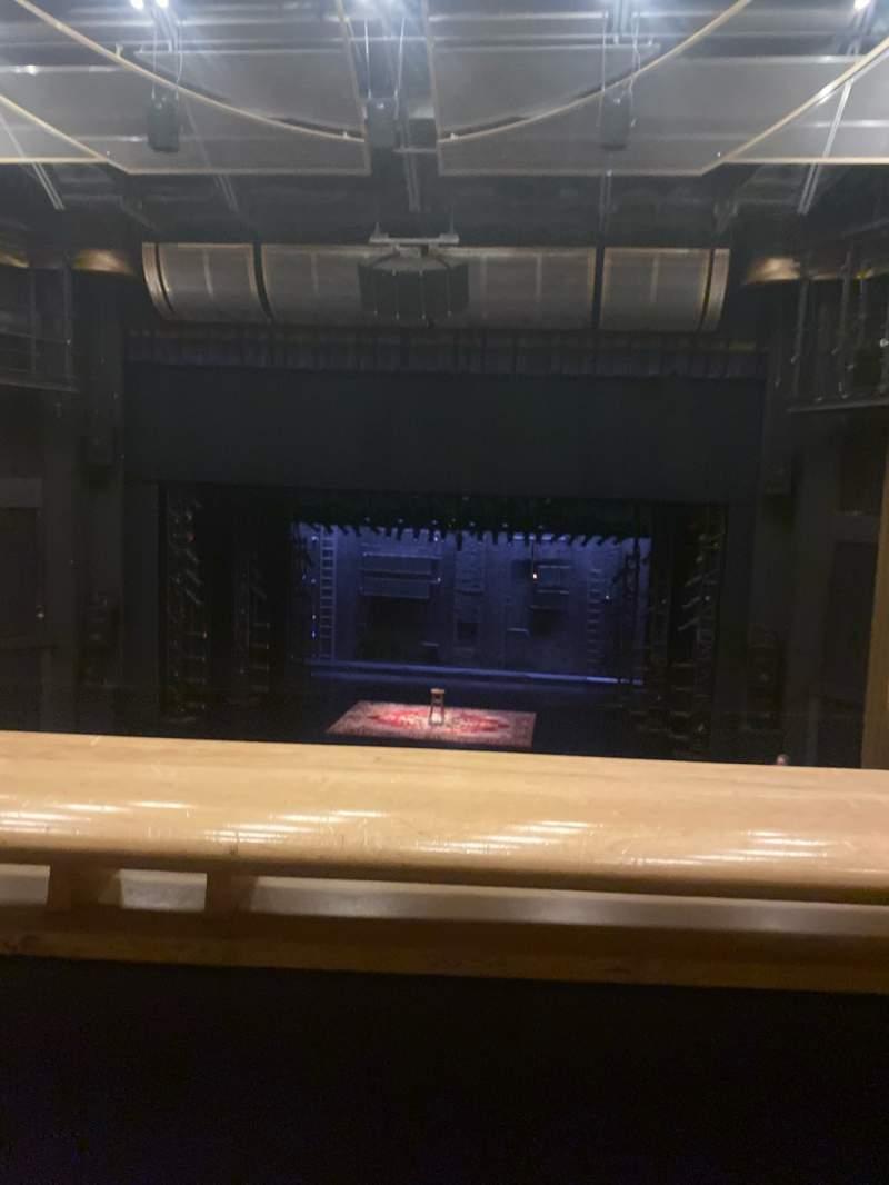 Vista sentada para Ahmanson Theatre Secção Mezzanine Fila A Lugar 19
