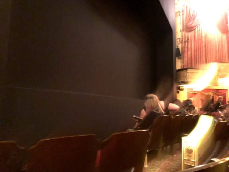 Vista sentada para Bernard B. Jacobs Theatre Secção Orchestra L Fila C Lugar 7