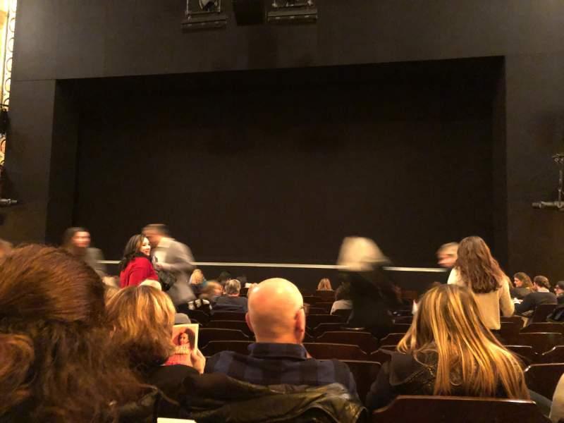 Vista sentada para Bernard B. Jacobs Theatre Secção Orchestra C Fila K Lugar 104