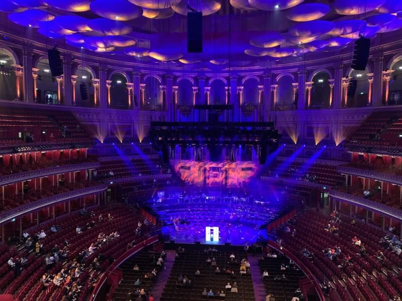 Vista sentada para Royal Albert Hall Secção Rausing Circle U Fila 3 Lugar 94