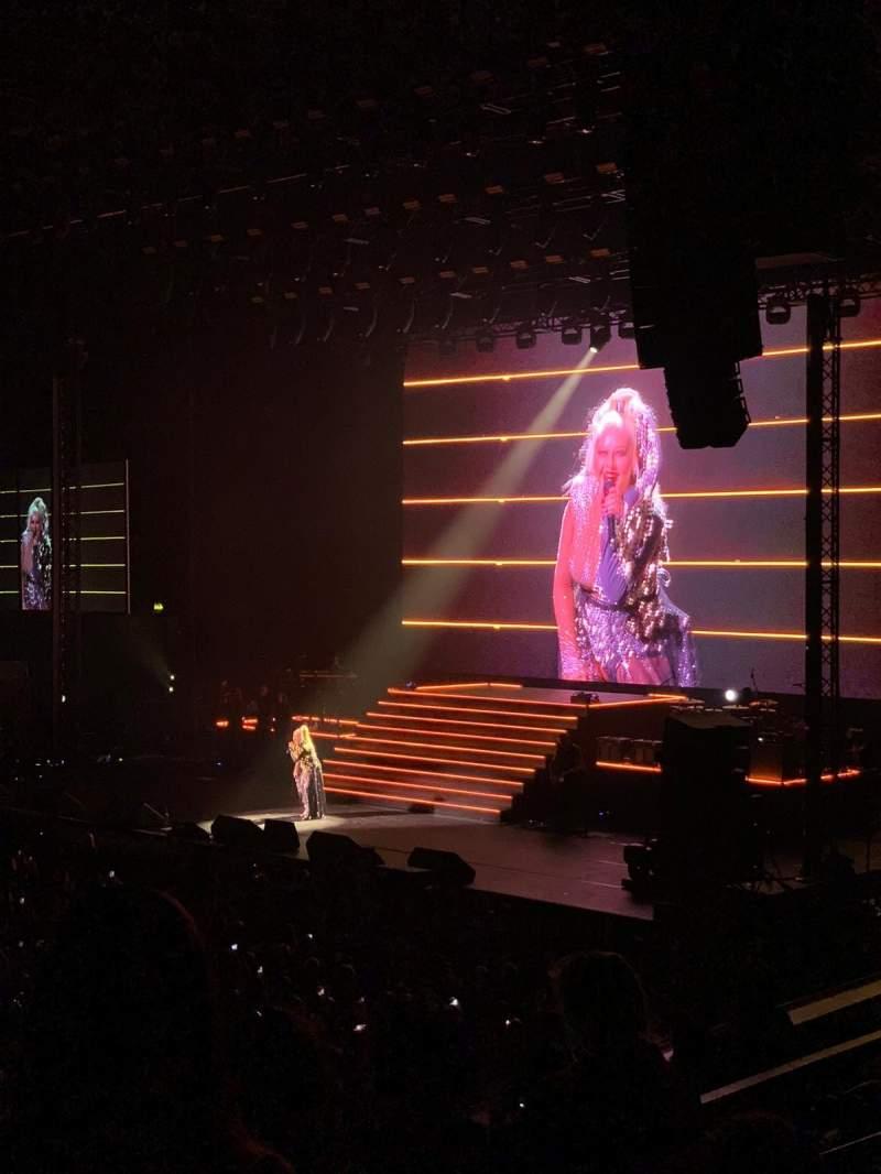 Vista sentada para SSE Arena, Wembley Secção N8 Fila F Lugar 70