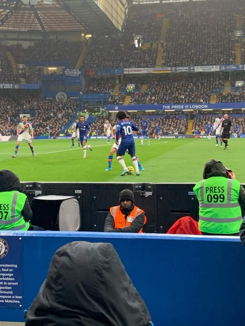 Vista sentada para Stamford Bridge Secção West Stand Lower 7 Fila 4 Lugar 166