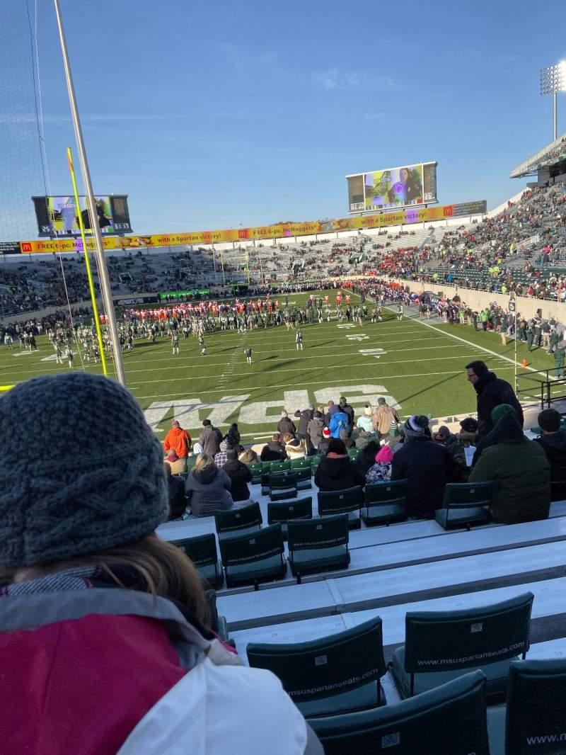 Vista sentada para Spartan Stadium Secção 15 Fila 16 Lugar 48