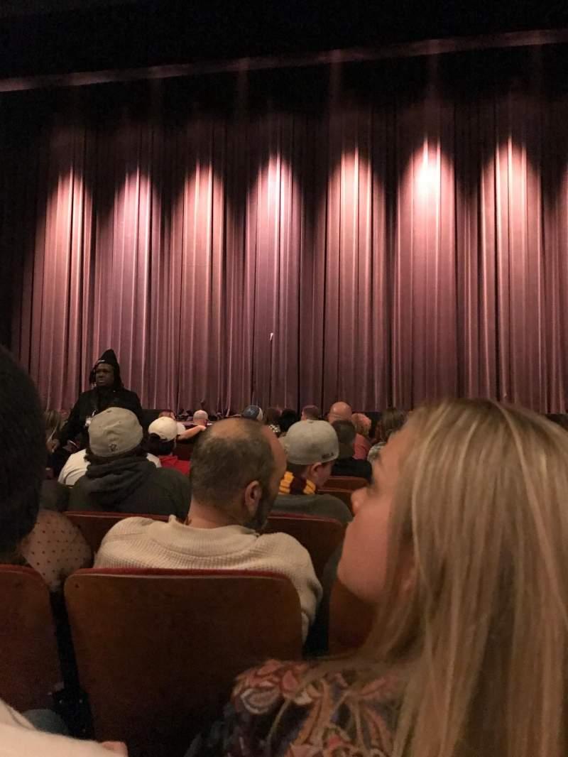 Vista sentada para Chicago Theatre Secção MNFL4R Fila FF Lugar 408