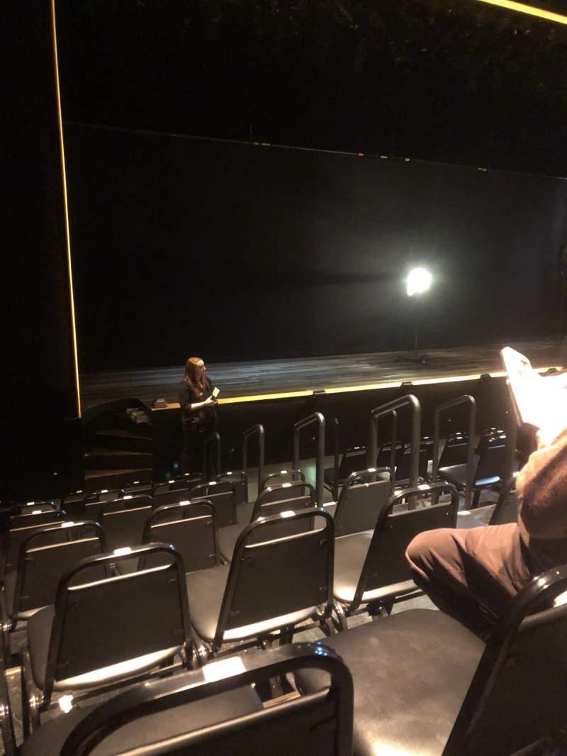 Vista sentada para Daryl Roth Theatre Secção OrchestraL Fila G Lugar 9