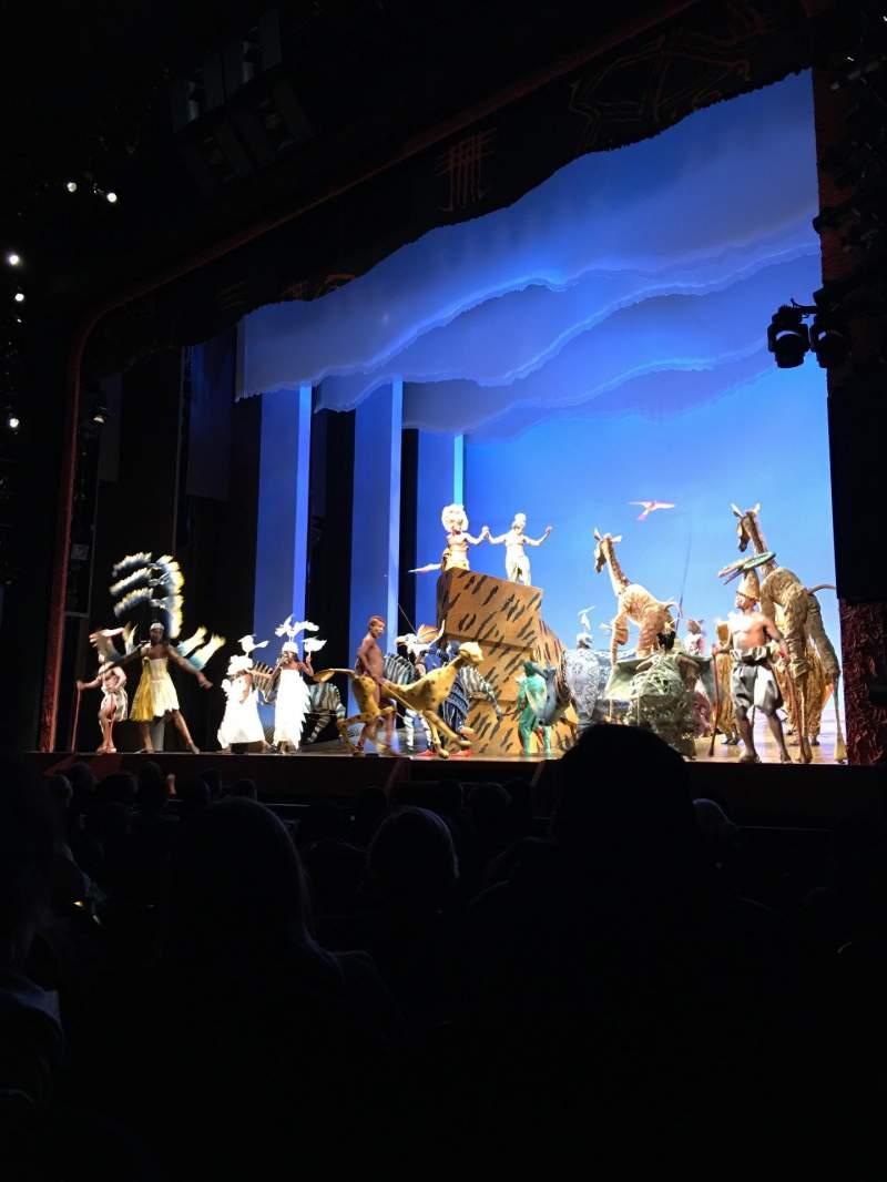 Vista sentada para Minskoff Theatre Secção ORCHESTRA R Fila J Lugar 8/10