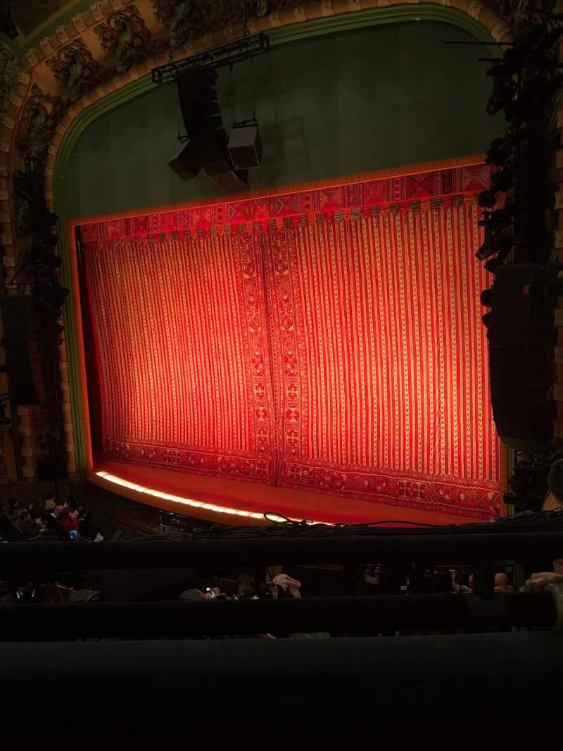 Vista sentada para New Amsterdam Theatre Secção Mezzanine R Fila BB Lugar 18
