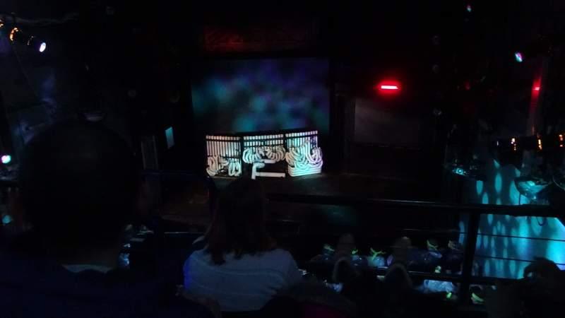 Vista sentada para Astor Place Theatre Secção Mezz Fila C Lugar 4