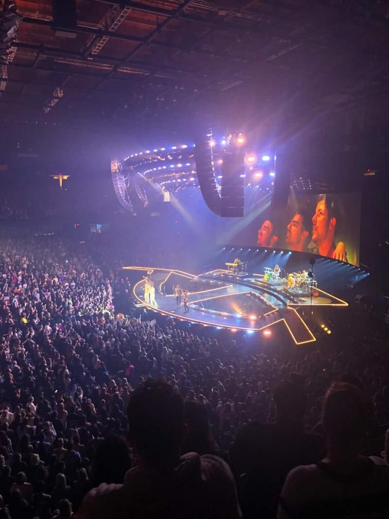Vista sentada para Allstate Arena Secção 210 Fila D Lugar 30