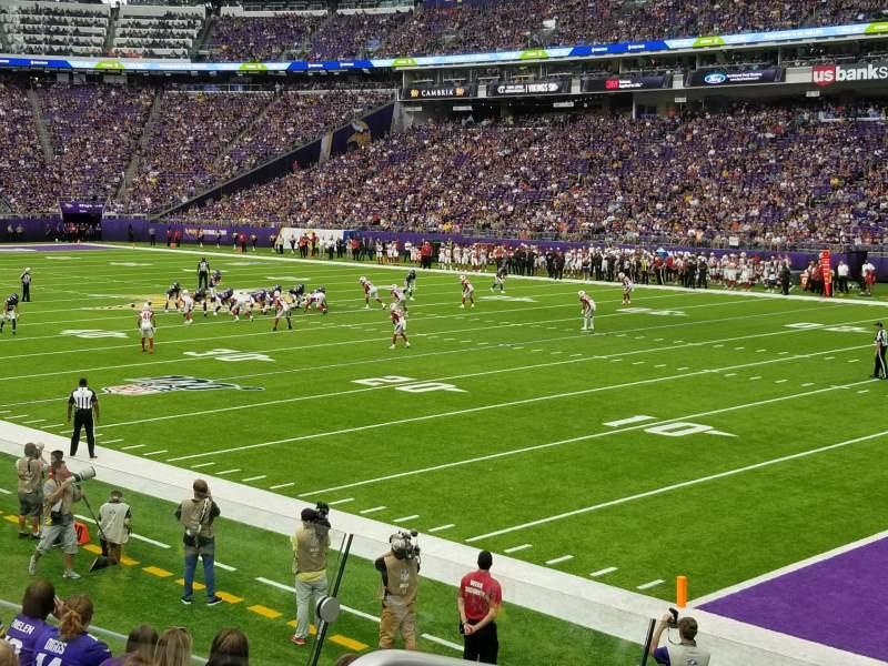 Vista sentada para U.S. Bank Stadium Secção 124 Fila 11 Lugar 19