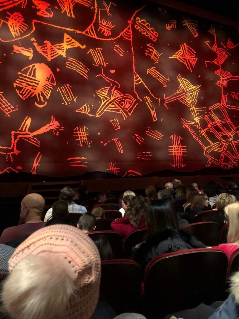 Vista sentada para Minskoff Theatre Secção Orchestra L Fila H Lugar 102