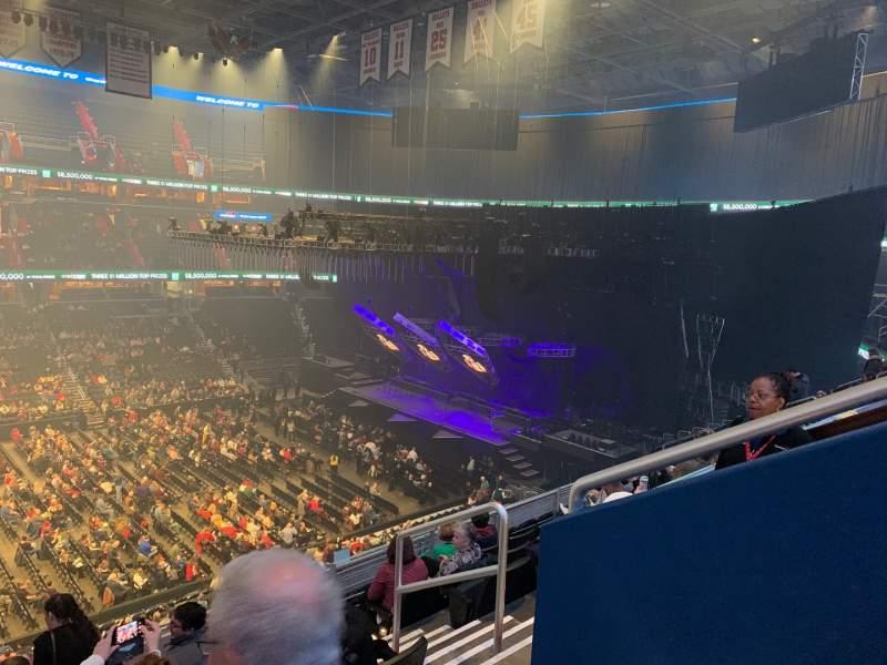 Vista sentada para Capital One Arena Secção 214 Fila J Lugar 11