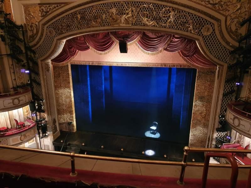 Vista sentada para Cort Theatre Secção Balcony C Fila C Lugar 114