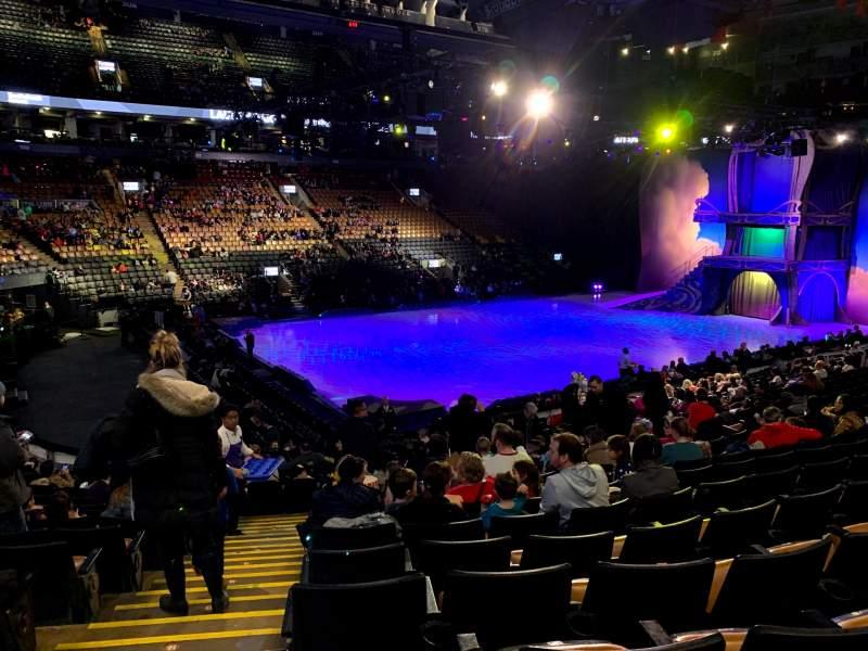 Vista sentada para Scotiabank Arena Secção 121 Fila 20 Lugar 17