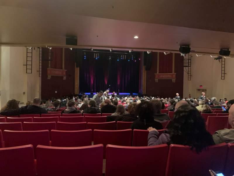 Vista sentada para Bergen Performing Arts Center Secção Orchestra L Fila BB Lugar 7